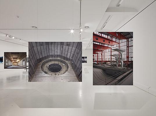 """Exhibition """"Stille Präsenz"""""""