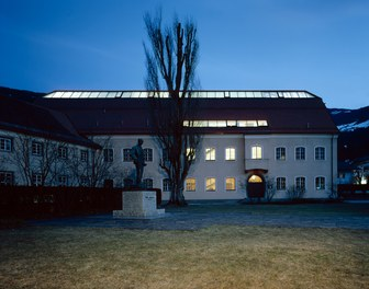 Middle School Wattens - night shot