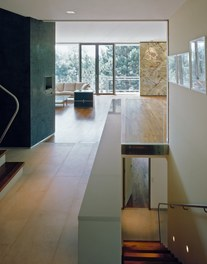 Residence Riedl - living room and staircase