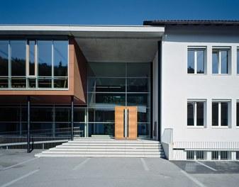 Primary School Schlins - entrance