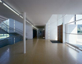 Primary School Schlins - foyer