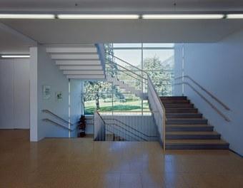 Primary School Schlins - staircase