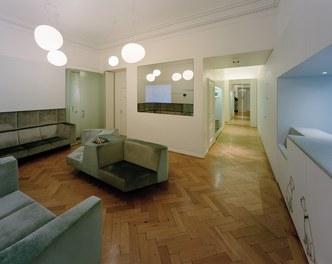 Dental practice Reistenhofer - waiting room