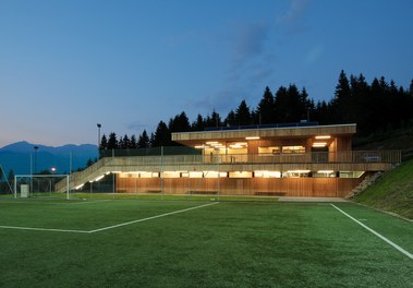 Sportcenter Sistrans - night shot