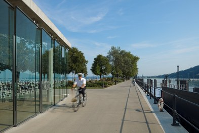 Harbor Bregenz - captain on bike