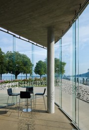 "Harbor Bregenz - cafe ""die Welle"""