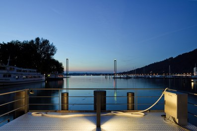 Harbor Bregenz - landing stages at night
