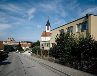 Parish Church Melk - view from street