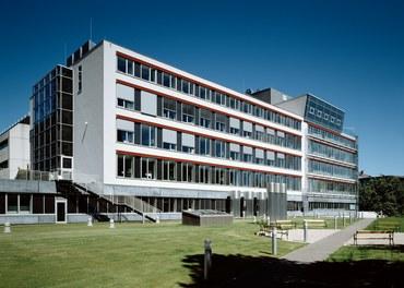 Anna Spiegel Forschungszentrum + CEMM - general view