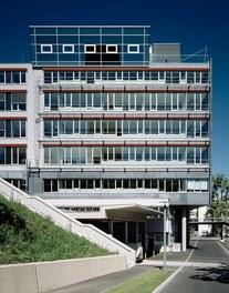 Anna Spiegel Forschungszentrum + CEMM - south facade