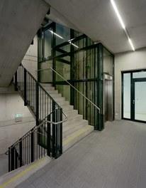 Anna Spiegel Forschungszentrum + CEMM - staircase