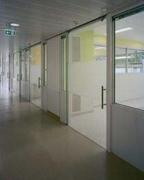 Intensive Care Unit Donauklinikum Tulln - corridor
