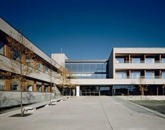 LKH Wolfsberg - Lympf Clinic - entrance