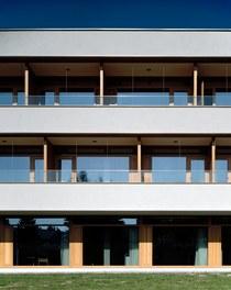 LKH Wolfsberg - Lympf Clinic - south facade