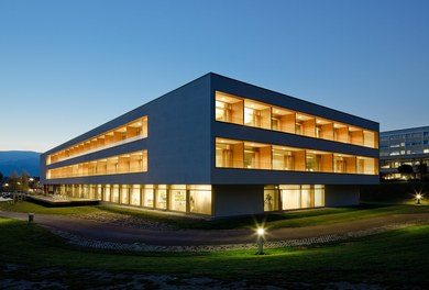 LKH Wolfsberg - Lympf Clinic - night shot