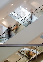Shoppingcenter Gerngross - escalators
