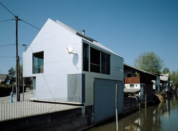 Boathouse - urban-planning context