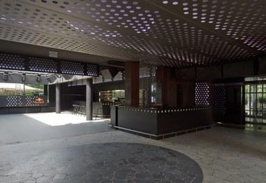 Volksgarten Disco | conversion - bar and dancefloor