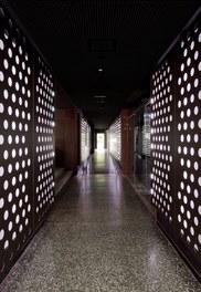 Volksgarten Disco | conversion - corridor