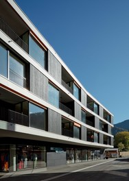 Housing and Business Location Am Garnmarkt - south facade
