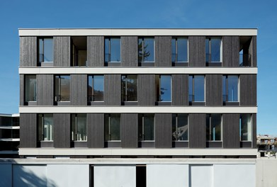 Housing and Business Location Am Garnmarkt - east facade