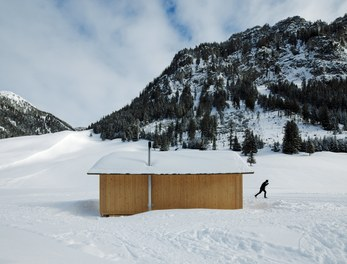 Valüna Lopp - Cabin for Cross-Country Skiers - west facade