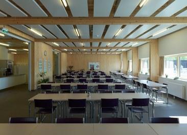 Agricultural Building Zentralfriedhof - canteen