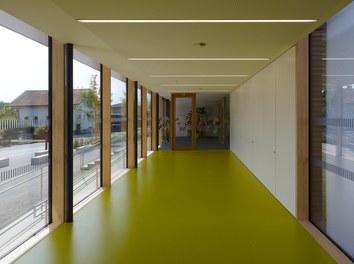 Primary School Wallenmahd - corridor