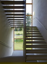 Primary School Wallenmahd - staircase