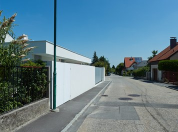 Residence L - view from street