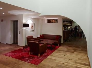 Hotel Schwärzler | conversion - lounge and bar