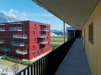 Housing Estate and Kindergarten Steinbockallee - arcade