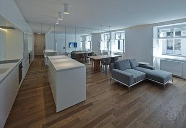 Apartment Kleblattgasse - living-dining room