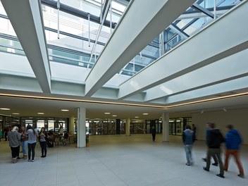 Bundesschulzentrum Ried - atrium