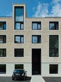 Housing Estate Thalbachgasse - entrance