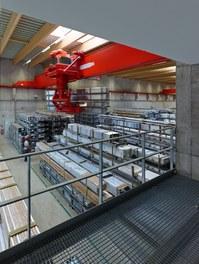 Collini Production Hall - store