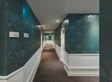 Motel One Staatsoper - corridor