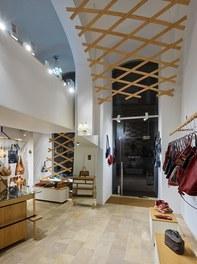 Shop Eva Blut - shop