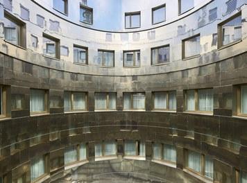 Stafa Tower - courtyard with light optimisation