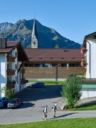 M Preis + Apartment House - urban-planning context