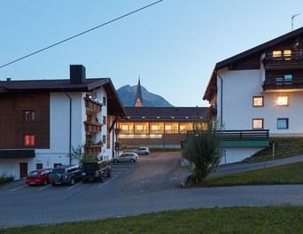 M Preis + Apartment House - night shot