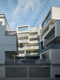 Housing Estate Schönbrunnerstrasse - south facade