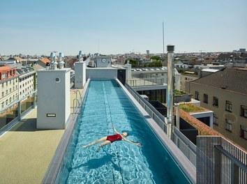 Housing Estate Schönbrunnerstrasse - rooftop pool