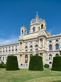 Naturhistorisches Museum Wien; renovation - main facade