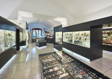 Naturhistorisches Museum Wien; renovation - shop