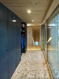 Residence B - entrance