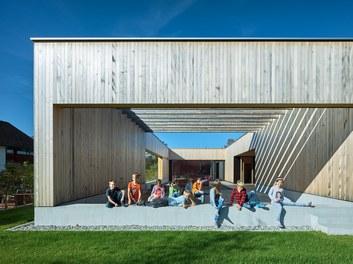 Primary School Höchst - outdoor classroom
