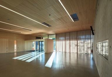 Primary School Höchst - lobby