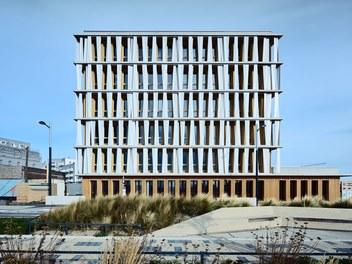 Office Building Aspern - street facade