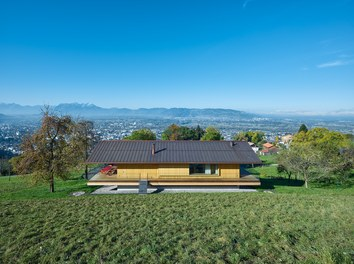 Residence D - house in the landscape